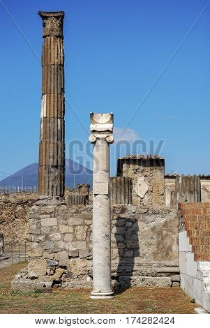Ancient sundial placed on the column in the temple of Apollo in Pompeii, Pompeii was an ancient Roman town-city near modern Naples, destroyed by the eruption of Vesuvius