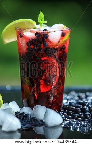Cocktail, fresh, mint, bilberry, lime, ice, summer,