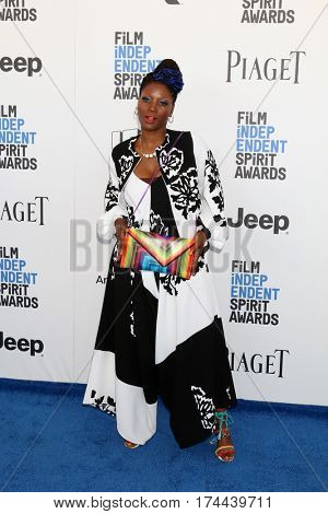 LOS ANGELES - FEB 25:  Yolanda Ross at the 32nd Annual Film Independent Spirit Awards at Beach on February 25, 2017 in Santa Monica, CA