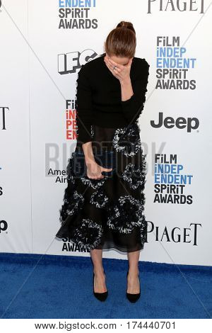 LOS ANGELES - FEB 25:  Amanda Peet at the 32nd Annual Film Independent Spirit Awards at Beach on February 25, 2017 in Santa Monica, CA