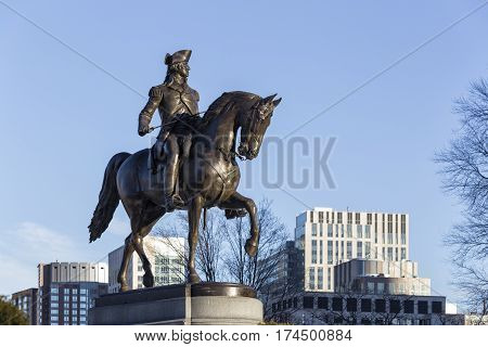 A George Washington Statue on Boston Garden