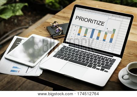 Prioritize Effectivity Important Rank Tasks Urgent