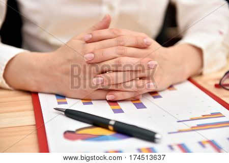 Accountant Crossed Her Fingers