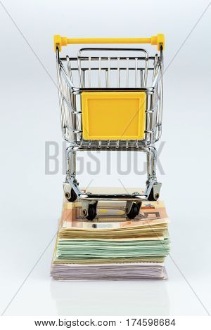 shopping cart on bills