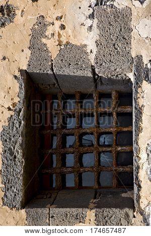Brown Distorted  Castle   Broke   Wall Arrecife Lanzarote Spain