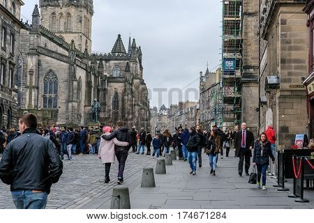 Edinburgh, United Kingdom. 17 February 2017 : People Walking On The Royal Mile, A Succession Of Stre