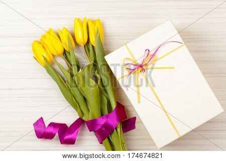 Romantic Tulip Bouquet And Gift Box
