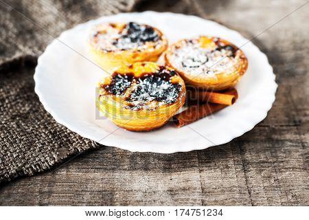 Pasteis de Nata egg tart close up macro