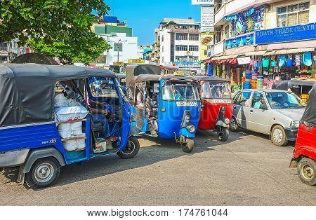 The Chaotic Tuk Tuk Traffic