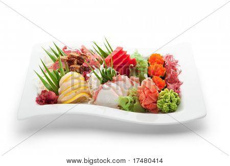 Japanische Küche - Meeresfrüchte-Platte (Lachs, Thunfisch, Jakobsmuschel, Aal)
