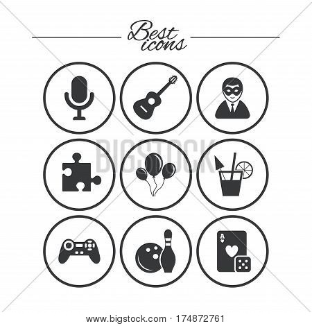 Game, bowling and puzzle icons. Entertainment signs. Casino, carnival and alcohol cocktail symbols. Classic simple flat icons. Vector