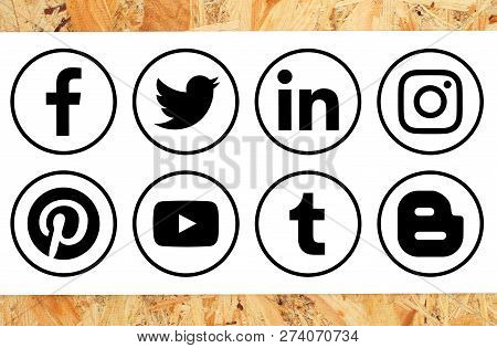 Kiev, Ukraine - November 16, 2018: Collection Of Popular Black Circle Social Media Icons With Rim Pr