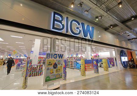Melbourne Australia - November 28, 2018: Unidentified People Shop At Big W Store In Melbourne Austra