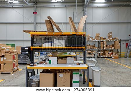 Packing Table For Order Fulfillment In Distribution Center Warehouse
