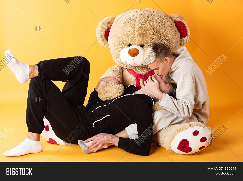Men big bear gay Chumley's BearCruises