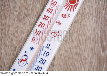 Meteorology Thermometers. Cold And Heat Temperature. Celsius On Thermometers