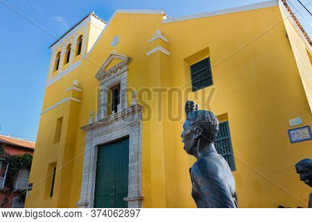 Cartagena, Colombia - January 23th, 2018: View From Below Of The Iglesia De La Trinidad And The Stat
