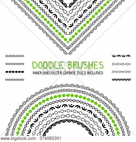 Doodle Brushes Set With Inner And Outer Corners