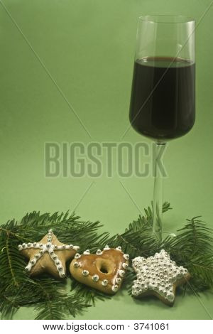 Wine And Christmas Cookie