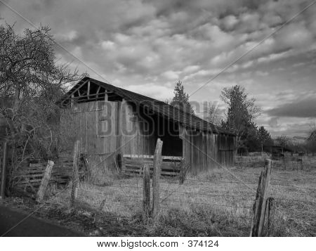 Barn Black And White