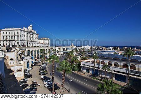 The Seafront, Boulevard Ernesto Che Guevara In Algeria City, Algeria