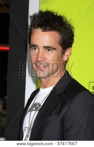 LOS ANGELES - OCT 30:  Colin Farrell arrives at the