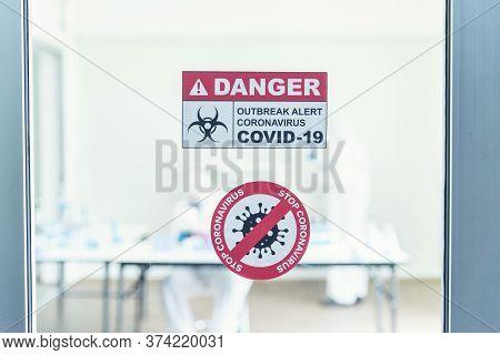Scientist Covid-19 Virus Antibody Research Laboratory Research Experiment Biotech Cultivate Vaccine