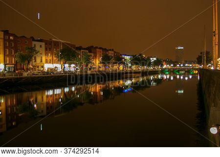 Dublin, Ireland - July 31 2005: Night View Of River Liffey Banks In  Dublin, Ireland