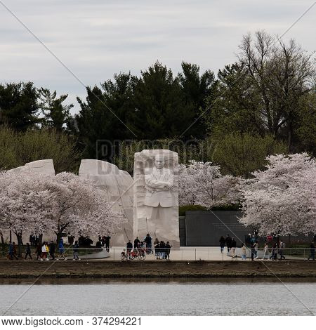Washington, Dc - March 21, 2020: Tourists Visit The Martin Luther King Jr. Monument In Washington, D