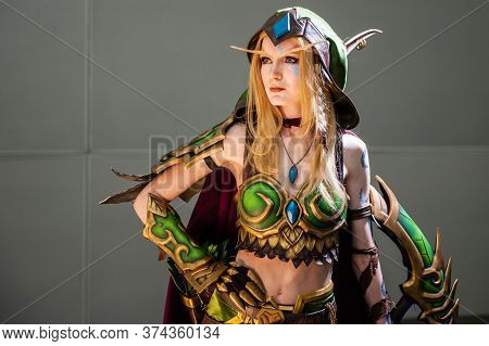 Moscow, Russia-october 6, 2019: Alleria Windrunner World Of Warcraft Cosplayer From World Of Warcraf