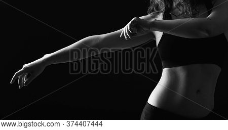 Dancing Woman Silhouette. Choreography Class. Graceful Lady With Bare Belly Performing Movements Iso