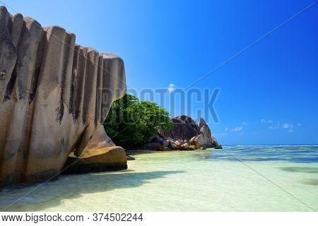 Beatiful beach Anse Source d'Argent in La Digue Island, Indian Ocean, Seyshelles. Luxury travel destination.
