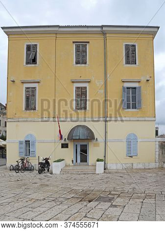 Rovinj, Croatia - October 15, 2014: Police Station Building At Water Border Crossing In Rovinj, Croa
