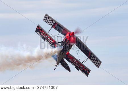 Avalon, Australia - February 28, 2015: Aerobatic Pilot Skip Stewart Flying His Highly Modified Pitts
