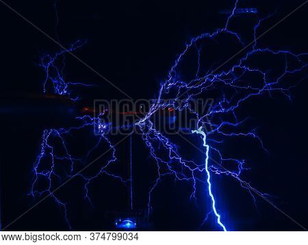 Loose Electrical Discharge With Many Branches Similar To Lightning In The Dark