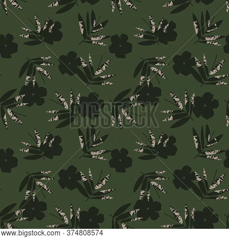 Green Tropical Botanical Leaf Seamless Pattern Background
