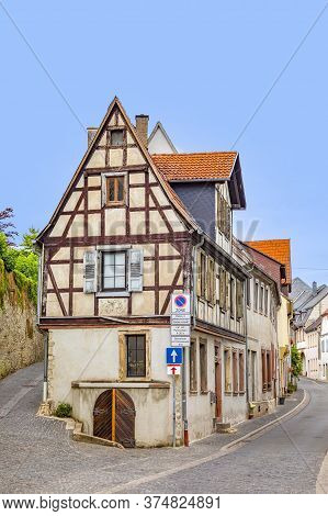 Old Half Timbered Town In Wine Village Of Oppenheim At River Main, Germany With Signage Parking Only