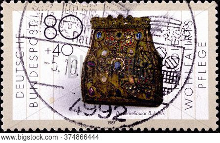 02 08 2020 Divnoe Stavropol Territory Russia The Germany Postage Stamp 1987 Charity Stamps - Gold An