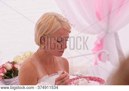 Parade Of The Bride, Cosmopolitan Festival
