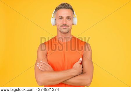 Healthy Sportsman Or Athlete. Sport And Fitness. Music For Fitness. Sportsman Listen Music. Sportsma