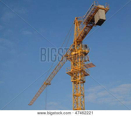 Crane, tower crane