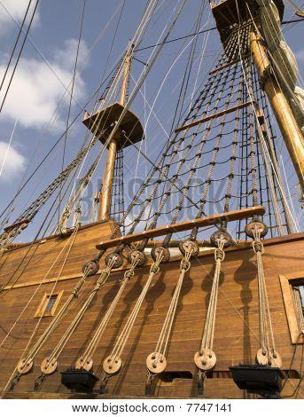 17Th Century Galleon Shrouds