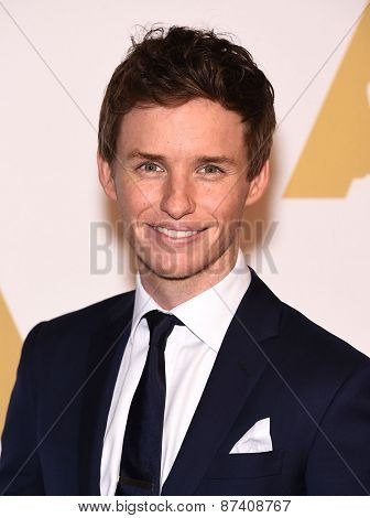 LOS ANGELES - FEB 02:  Eddie Redmayne arrives to the Oscar Nominee Reception  on February 2, 2015 in Beverly Hills, CA