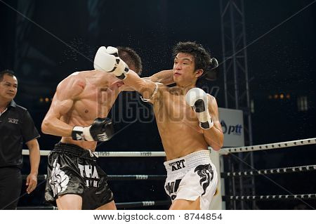 Russian Vs Korean Thai Boxer In Bangkok