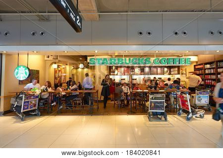 BANGKOK, THAILAND - CIRCA NOVEMBER, 2014: Starbucs coffee shop at Suvarnabhumi Airport