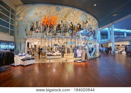 COPENHAGEN, DENMARK  - CIRCA SEPTEMBER, 2014: H & M store at Copenhagen Airport, Kastrup.