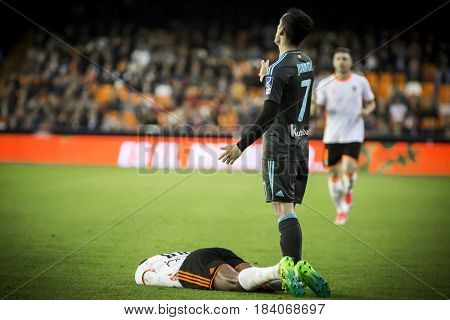 VALENCIA, SPAIN - APRIL 26: (R) (7) Juanmi during La Liga match between Valencia CF and Real Sociedad at Mestalla Stadium on April 26, 2017 in Valencia, Spain