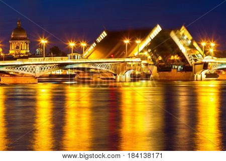 St.-Petersburg Blagoveshchensky (Annunciation) Bridge double drawbridge with opening wings.