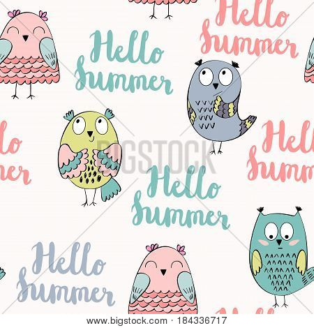 Hello summer. Seamless pattern with funny owls in vector.