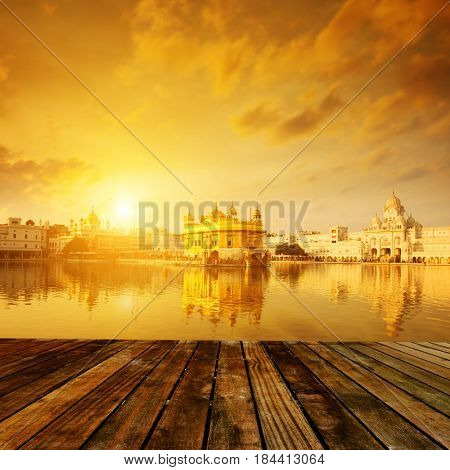 Golden sunrise at Golden Temple in Amritsar, Punjab, India.